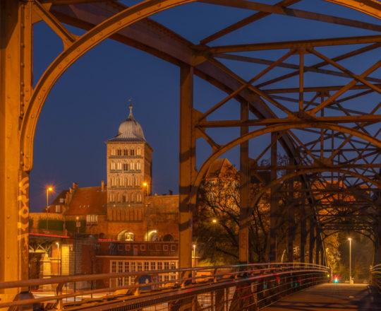Deutschland, Schleswig Holstein, Hansestadt Lübeck, Hubbrücke, Brückenweg, Burgtorbrücke, Burgtor, Trave